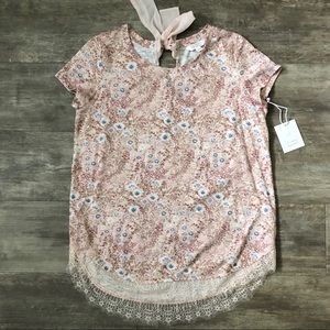 LC   Lace trim floral  tee   NWT